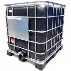 Opaque 1000 liter tank on pallet