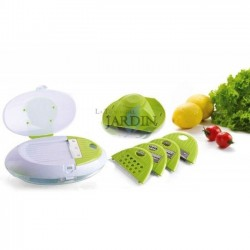 Food grater with 5 leaves